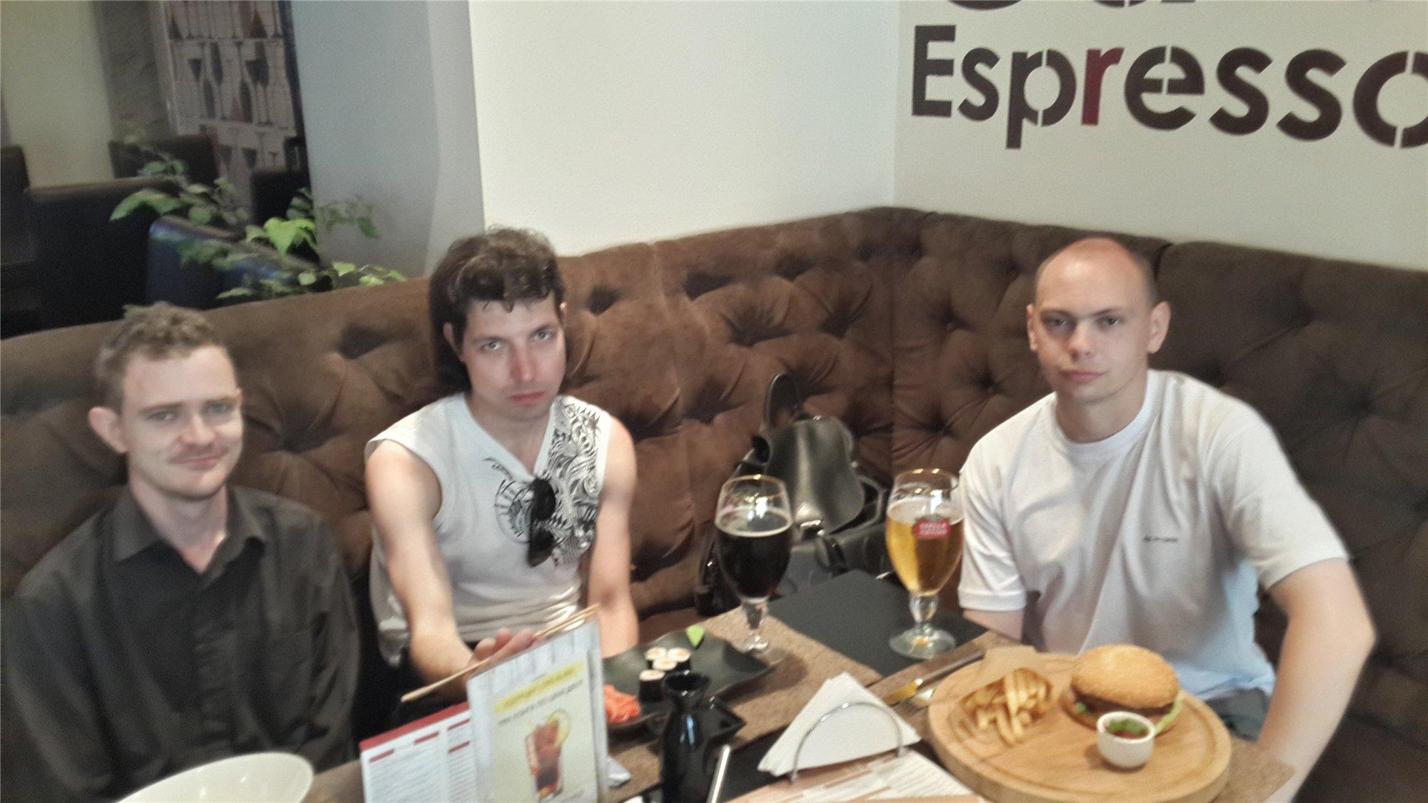 (слева направо) Кориолан, Лэнс, Александр... Фотографирует - димаметал.